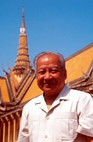 Sihanouk-portrait-001_web