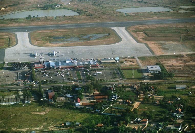 aerial_pochentong_airport-01_web